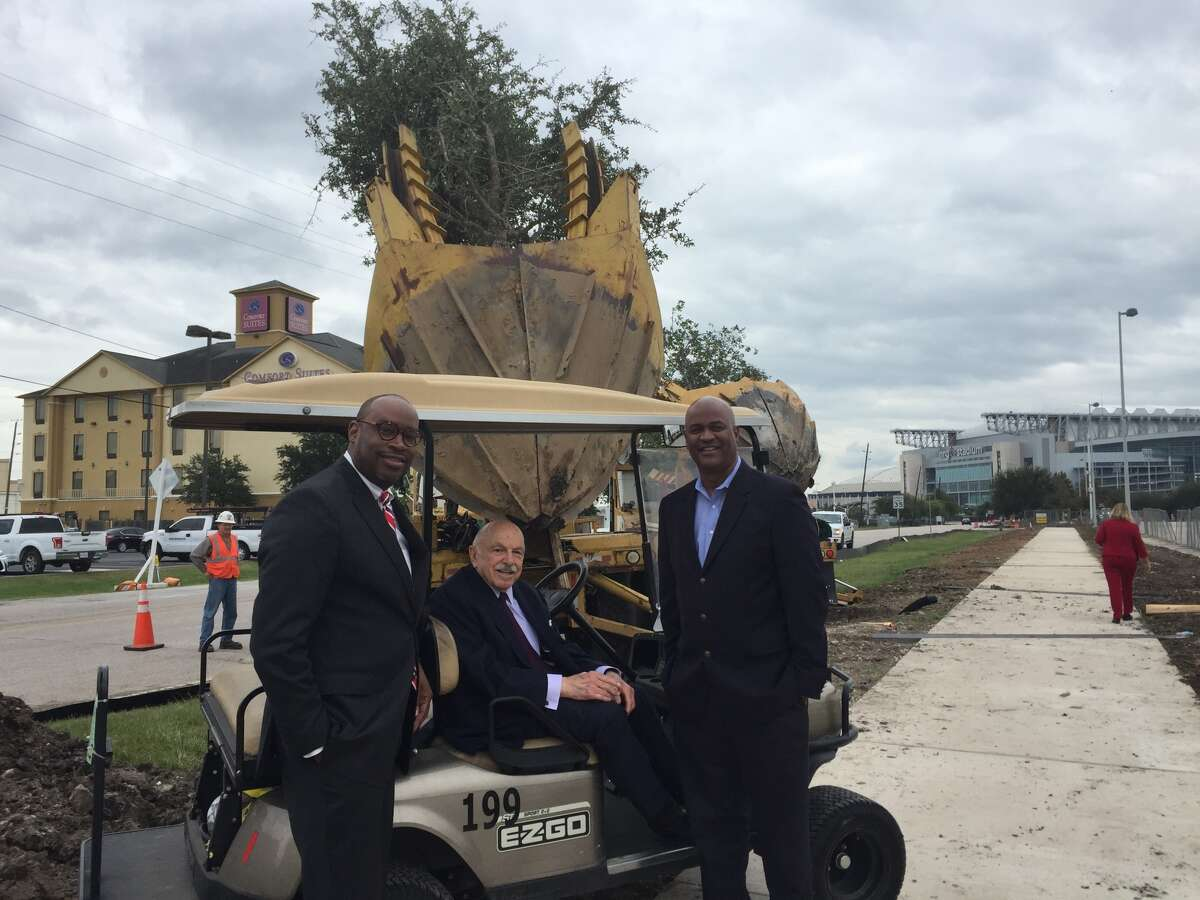Houston city councilman Larry Green, Stadium Park Redevelopment Authority chairman Ed Wulfe andHarris County Sports & Convention Corporation executive director Kevin Hoffman gathered Wednesday to plant trees near NRG Park.
