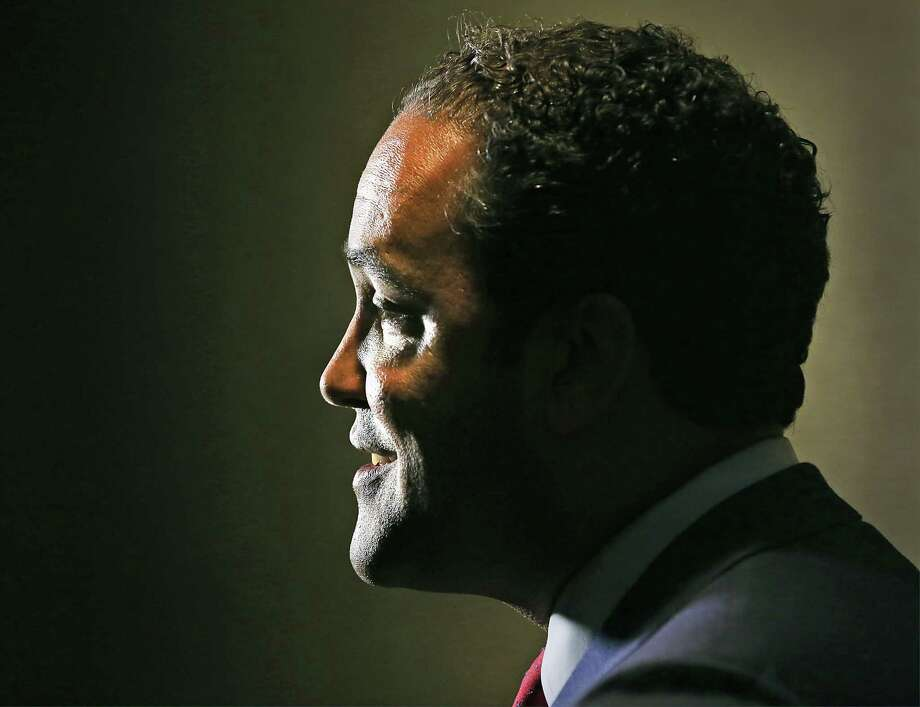U.S. Rep Will Hurd interviews with a media outlet after his win, on Tuesday Nov. 8, 2016 at Eilan Hotel and Spa. Photo: Bob Owen, Staff / San Antonio Express-News / ©2016 San Antonio Express-News