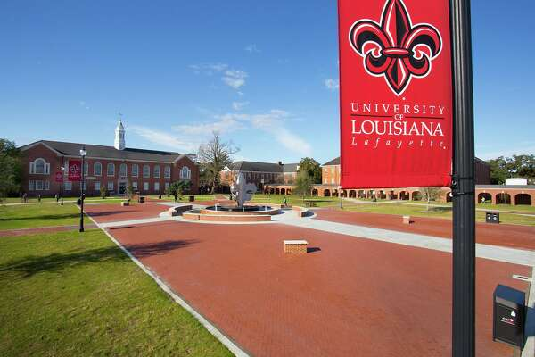 A University of Louisiana at Lafayette student says she was robbed by a man in a Trump hat, Nov. 10, 2016.