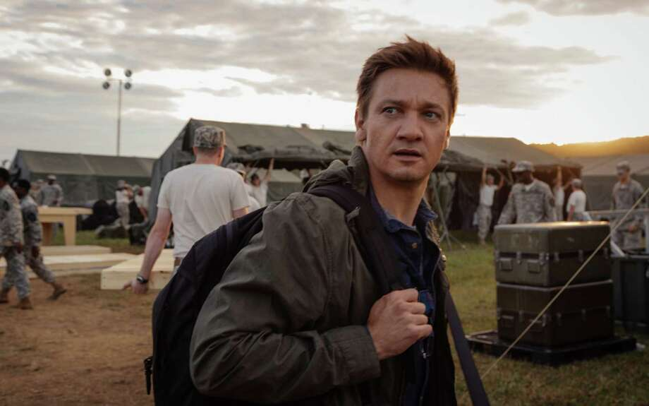 """This image released by Paramount Pictures shows Jeremy Renner in a scene from """"Arrival."""" (Jan Thijs/Paramount Pictures via AP) ORG XMIT: NYET664 Photo: Jan Thijs / © 2016 PARAMOUNT PICTURES. ALL RIGHTS RESERVED."""