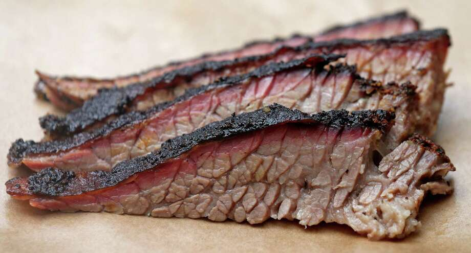 If your brisket takeout is shorted, the free market will take care of the vendor doing that. Photo: Edward A. Ornelas /San Antonio Express-News / © 2016 San Antonio Express-News