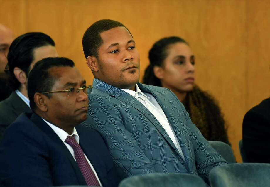 "New York Mets pitcher Jeurys Familia waits to appear in municipal court in Fort Lee, N.J. on Thursday, Nov. 10 2016.  Familia  pleaded not guilty to a disorderly persons charge stemming from a domestic violence case.   A complaint filed by authorities alleges that Familia caused ""bodily injury to another"" and that the victim's chest was scratched and cheek was bruised. (Mitsu Yasukawa/The Record via AP, Pool)  ORG XMIT: NJHAC202 Photo: Mitsu Yasukawa / POOL The Record"