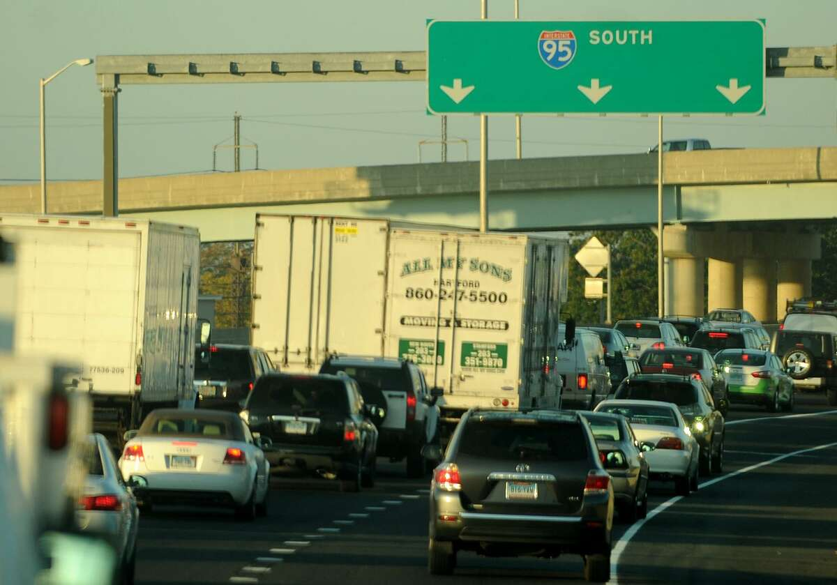 Heavy morning traffic on I-95 southbound in Bridgeport, Conn. on Wednesday, October 2, 2013.