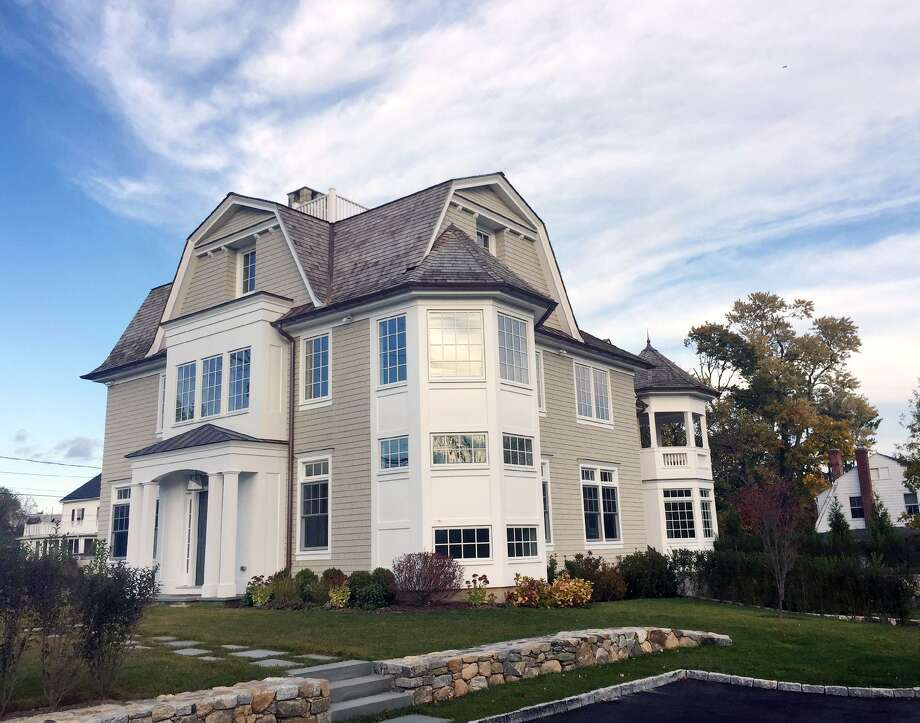 This home at 180 Shore Road in the Old Greenwich section of Greenwich sold for $3.8 million. Photo: Bob Luckey Jr. / Hearst Connecticut Media / Greenwich Time