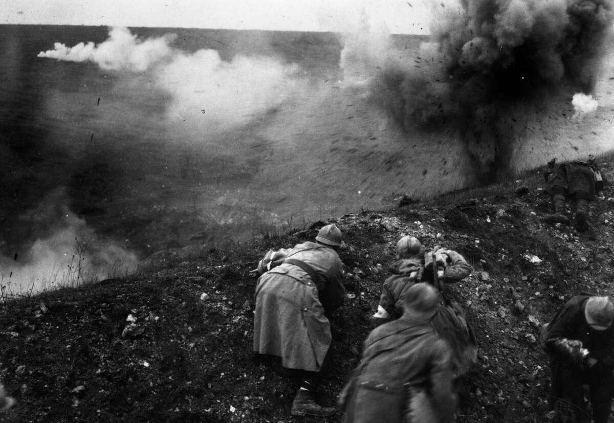 Verdun French troops under shellfire during the Battle of Verdun.