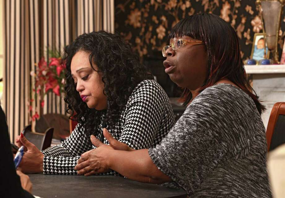 Lasone Garland-Bryan, left, and Maxine Quattlebaum-Martin talk about their experiences getting treated for breast cancer on Thursday, Nov. 10, 2016 in Albany, N.Y. (Lori Van Buren / Times Union) Photo: Lori Van Buren / 20038665A
