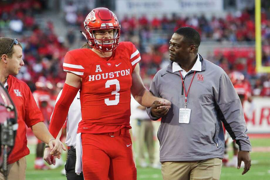 Houston Cougars quarterback Kyle Postma (3) is helped off the field after he was injured as the Houston Cougars take on the Tulane Green Wave at TDECU Stadium Saturday, Nov. 12, 2016 in Houston. Photo: Michael Ciaglo, Houston Chronicle / © 2016  Houston Chronicle
