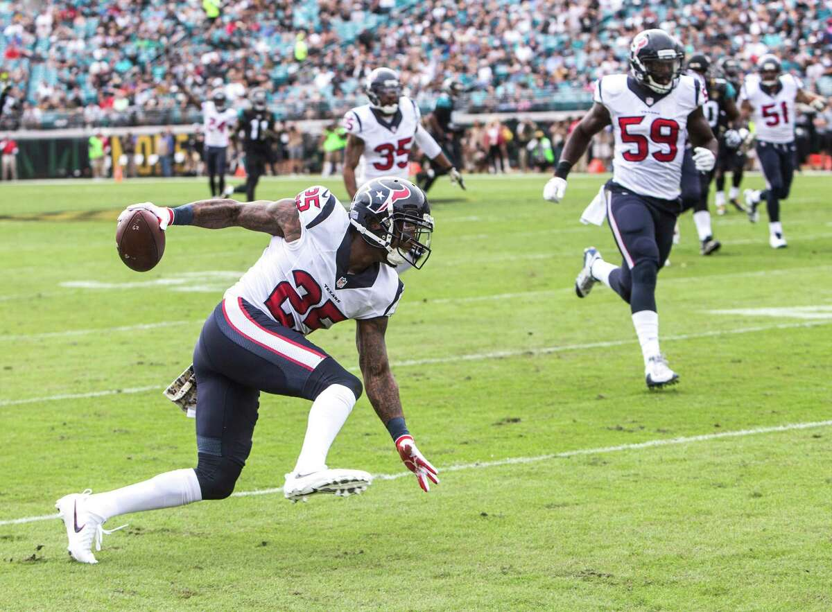 FIVE UP 2. Texans cornerback Kareem Jackson Jackson returned a Blake Bortles interception 42 yards for a touchdown to open the Texans' scoring six plays into the game. Jackson was later beaten for a touchdown and a two-point conversion by Allen Robinson, but generally covered well.
