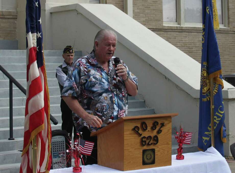Dale Everitt of American Legion Post 629 gives a speech on the importance of First Amendment rights, noting the lack of communication without government consent in nations such as Nicaragua. Photo: Jacob McAdams