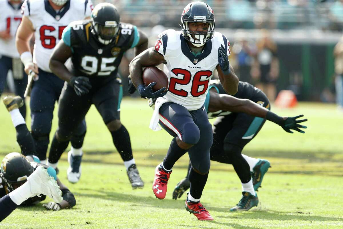 FIVE UP 3. Texans running back Lamar Miller Despite a painful shoulder injury, Miller rushed for 83 yards on 15 carries and had a long run of 45 yards where he got caught from behind. The Texans rushed for 181 yards on 33 carries, averaging 5.5 yards per run.