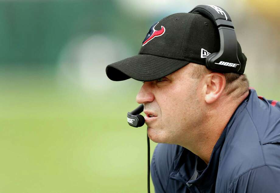 Houston Texans head coach Bill O'Brien stands ont he sidelines during the first quarter of an NFL football game against the Jacksonville Jaguars at Everbank Field on Sunday, Nov. 13, 2016, in Jacksonville. Photo: Brett Coomer, Houston Chronicle / © 2016 Houston Chronicle