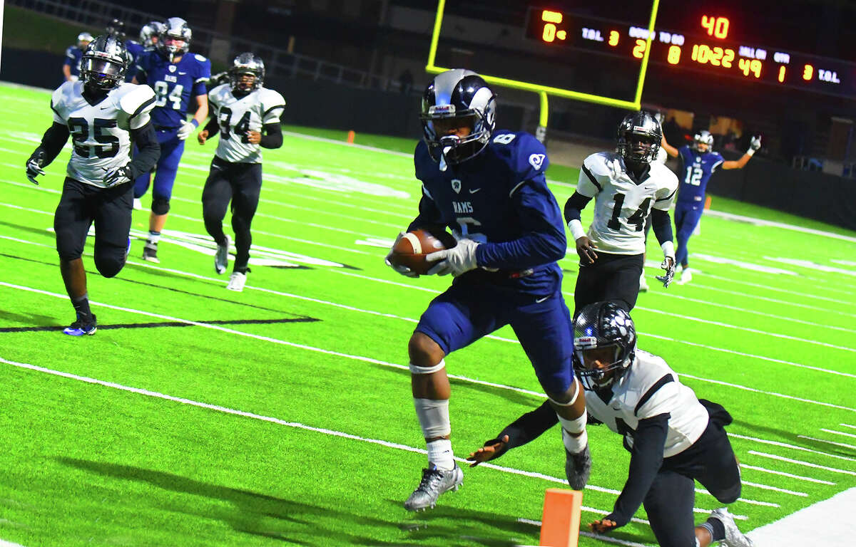 Cy Ridge sophomore running back Noah Smith carries five yards for a touchdown, scoring the first points in Friday's bi-district matchup with Westside. Smith would finish with seven yards rushing on three carries and 67 yards receiving on four catches.