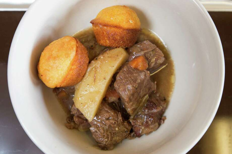 Old Fashioned Beef Stew Photo: Michael Minasi, Staff / © 2016 Houston Chronicle