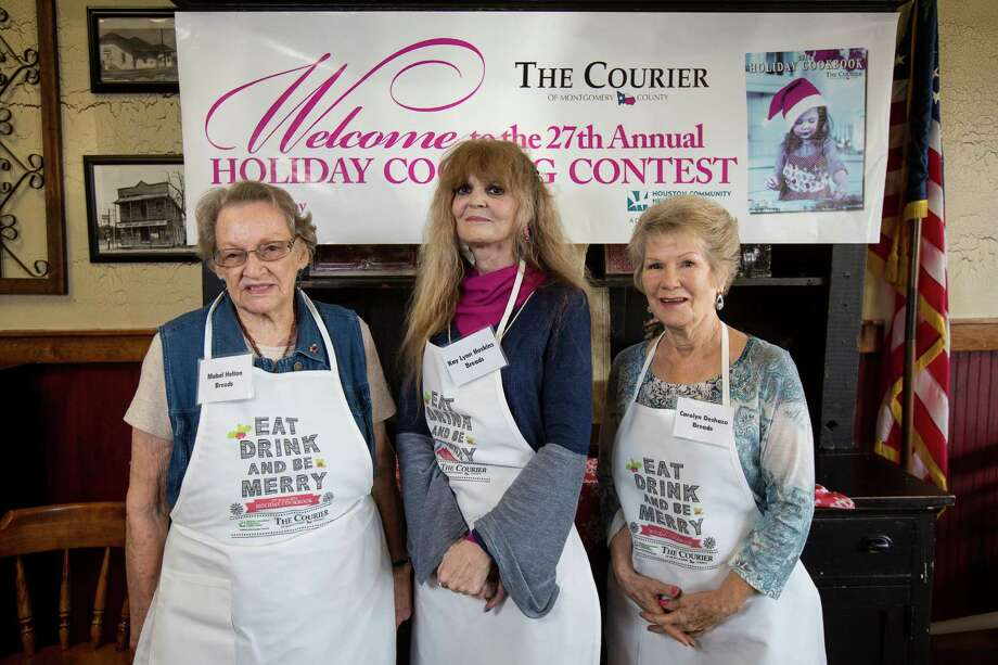 Bread contestants Mabel Helton, Kay Lynn Hoskins and Carolyn Deshazo pose for a photo on Saturday, Oct. 29, 2016, at McKenzie's Barbeque in Conroe. Photo: Michael Minasi, Staff / © 2016 Houston Chronicle