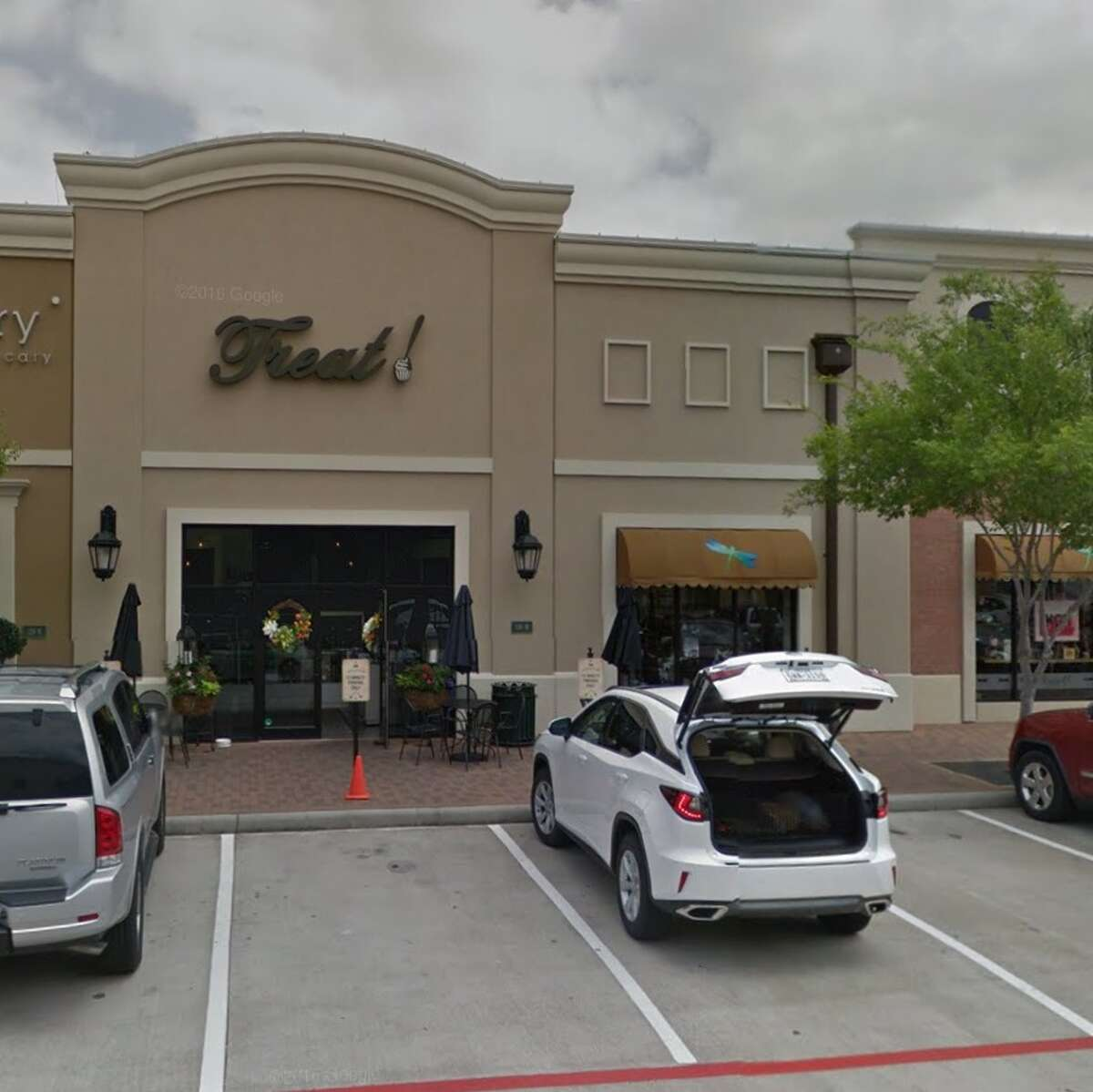 A woman accused the management of Treat Gourmet Cupcakes of firing an employee who wore a hijab to work. Treat Gourmet Cupcakes clarified on a Nov. 14, 2016 Facebook post that the employee was asked to wear a black hijab instead so it would match her uniform. The company said the employee agreed to change her hijab. Image source: Google Street View