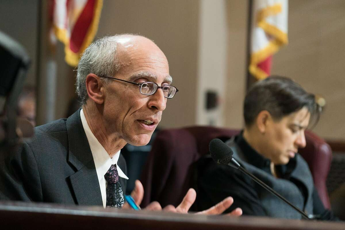 Council member Dan Kalb speaks during a special meeting about cannabis at Oakland City Hall in Oakland, Calif. on Monday, Nov. 14, 2015. The Oakland City Council held a meeting to hear a handful of proposed cannabis laws including a controversial 25% tax on profits made by cannabis businesses.