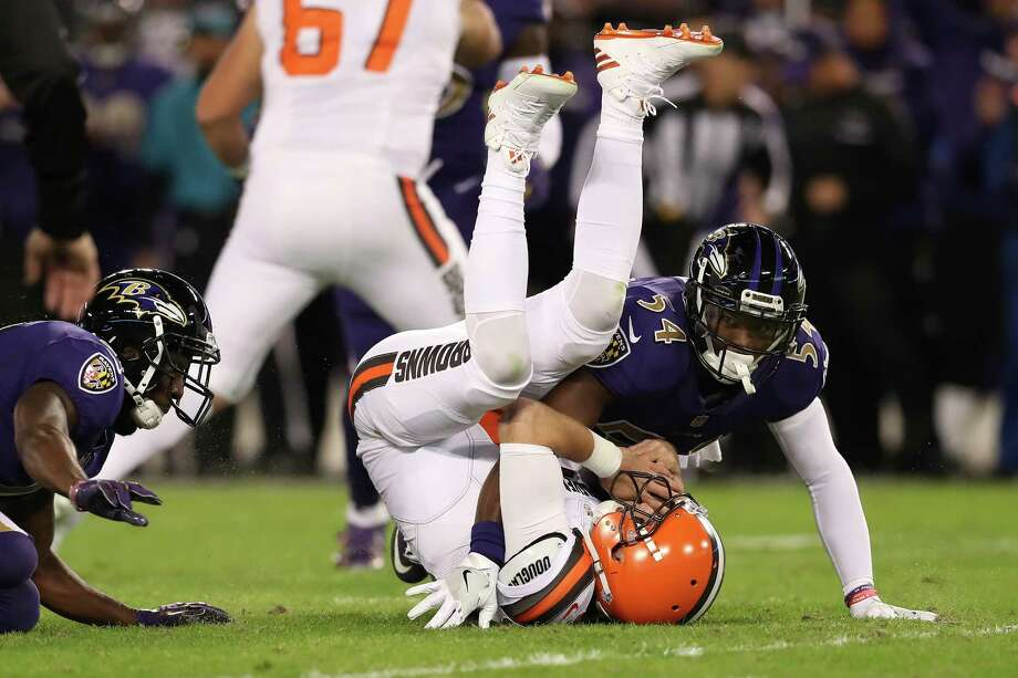 32. Cleveland 0-10 | Last week: 32This the worst start in franchise history. The Browns have lost 20 of 21 dating back to last season. They're capable of going 0-16. Photo: Rob Carr, Getty Images / 2016 Getty Images