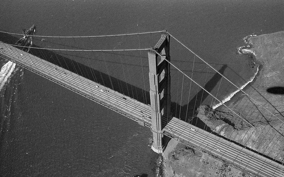 An aerial shot of the Golden Gate Bridge. Photo: Terry Schmitt, The Chronicle