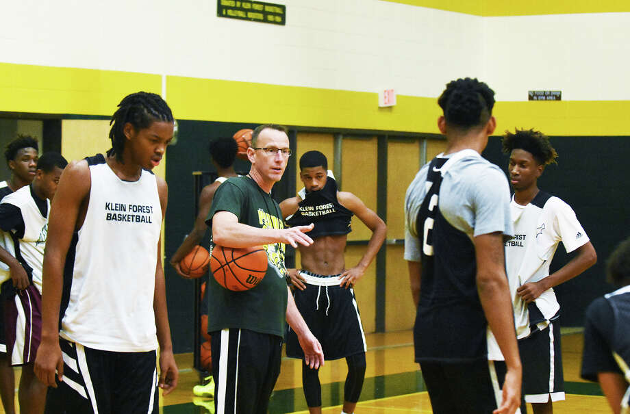Klein Forest head coach Cary Black instills some wisdom in practice last week. Black's team is on a quest to repeat as district champions in a reconstructed 15-6A and advance to the state tournament in the playoffs. Photo: Tony Gaines / HCN