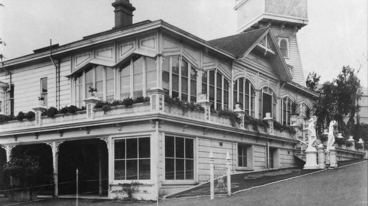 House in Sutro Heights, 1886, from the Wyland Stanley Collection.