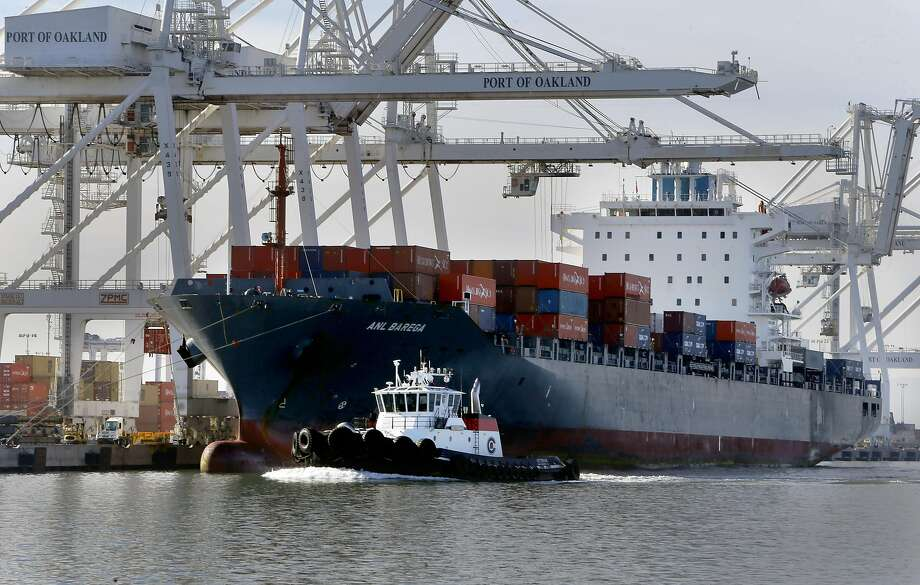 The Ports America shipping operations at the outer harbor of the Port of Oakland, Calif., as seen on Thurs. January 21, 2016. Photo: Michael Macor, The Chronicle