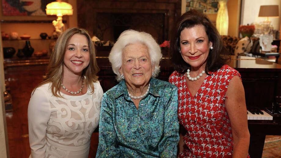 Julie Baker Finck, Barbara Bush, Betty Hrncir Photo: PRISCILLA DICKSON PHOTOGRAPHY
