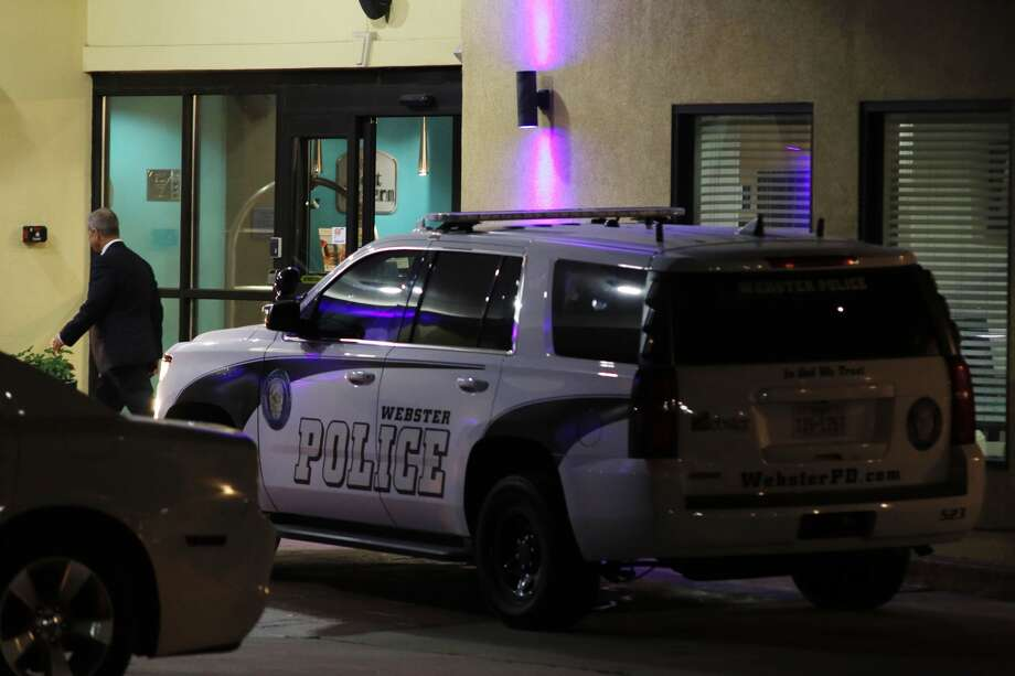 A wanted man was fatally shot by police after pointing a gun at the officers at a Webster motel parking lot, authorities said. Photo: Kar Hlava, Houston Community Newspapers