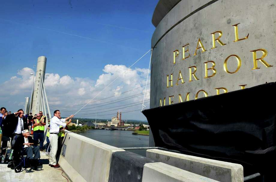The new Pearl Harbor Memorial Bridge is unveiled on Interstate 95 during its grand opening celebration Saturday, Sept. 19, 2015, in New Haven, Conn. The bridge is a key part of an 18-year, nearly $2 billion I-95 improvement program in the New Haven Harbor area. (Peter Hvizdak/New Haven Register via AP) MANDATORY CREDIT Photo: Peter Hvizdak / Associated Press / New Haven Register