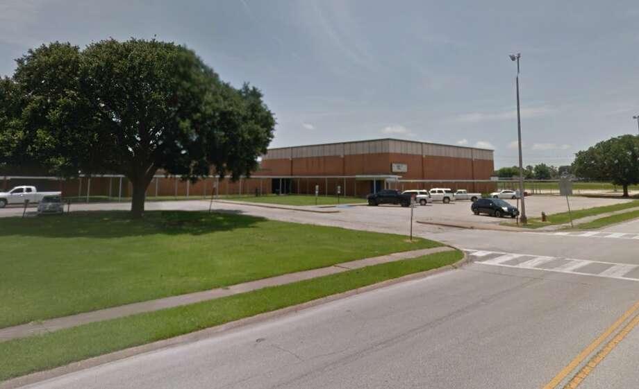Deer Park ISD's Deepwater Junior High in Pasadena Photo: Google Earth Screen Grab