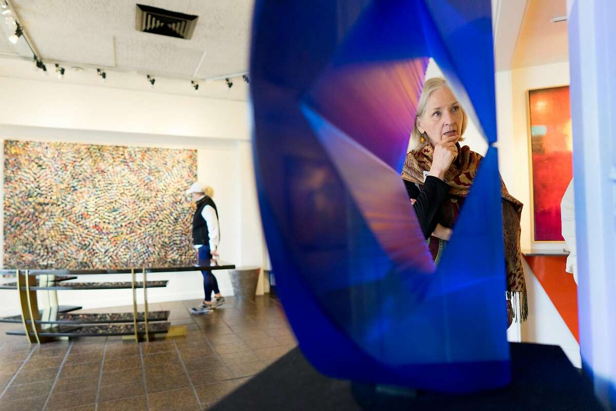 Johanna LoSchiavo leads her art tour through Westbrook Modern in Carmel, Calif. on Friday, Nov. 11, 2016. The Carmel Art Tour visits a diverse sampling of the roughly 80 galleries in Carmel.