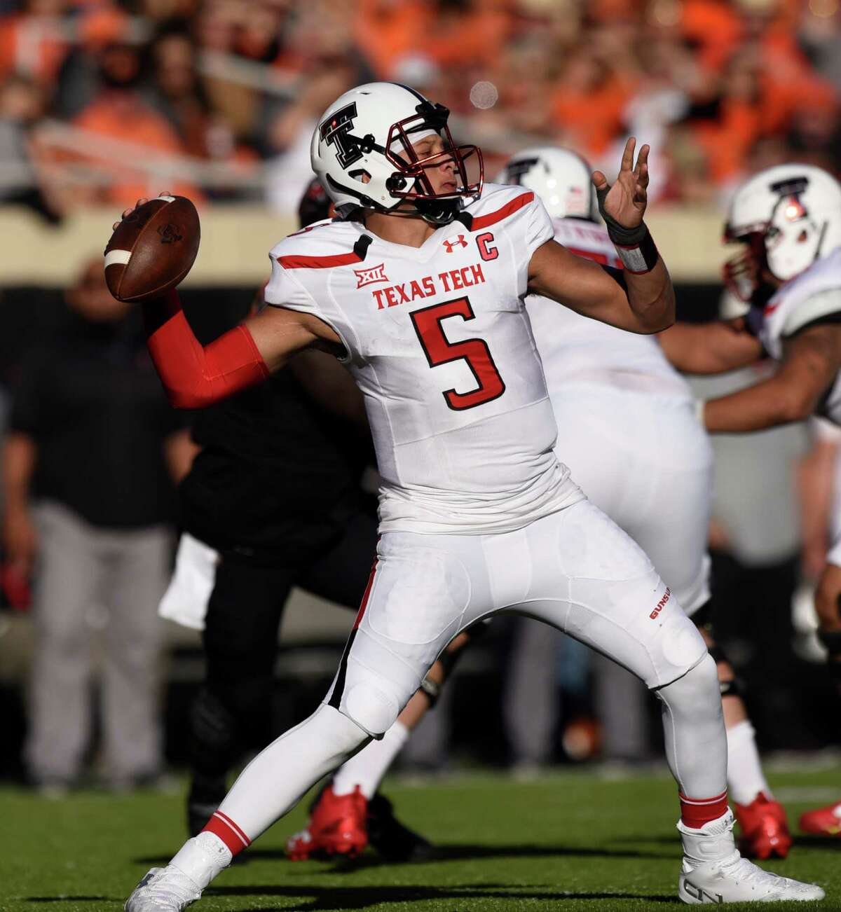 Texas Tech quarterback Partick Mahomes II throws a pass during the first half of an NCAA college football game in Stillwater, Okla., Saturday, Nov. 12, 2016. Mahomes II threw for 344 yards in the 44-45 loss to Oklahoma State. (AP Photo/Brody Schmidt)