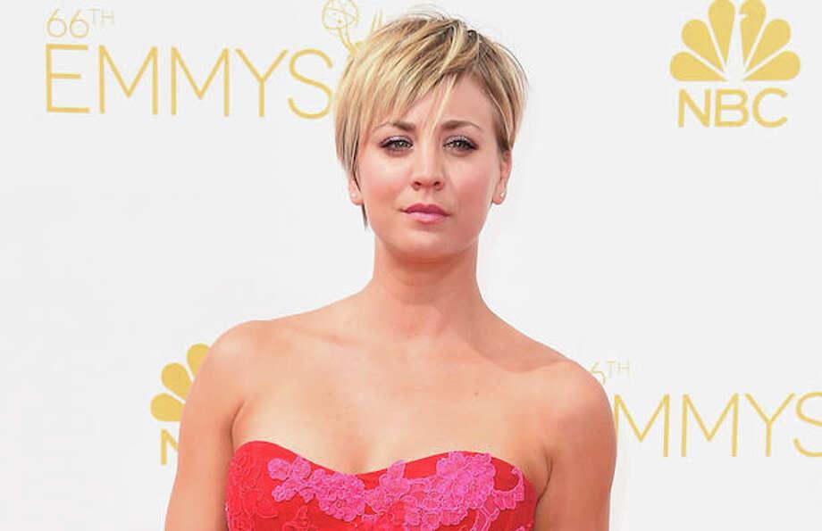 Big Bang Theory Stars Jim Parsons Kaley Cuoco Offer Wedding Finale