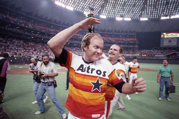 Astros pitcher Mike Scott celebrates after throwing a no-hitter in the Astrodome to clinch the NL Western Division title, Sept. 25, 1986.