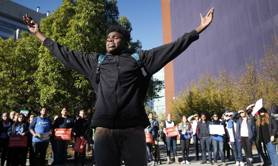 UC Riverside student Mohamed Hussein urges other students to rise up and resist a proposal to raise tuition in 2018. Photo: Paul Chinn, The Chronicle
