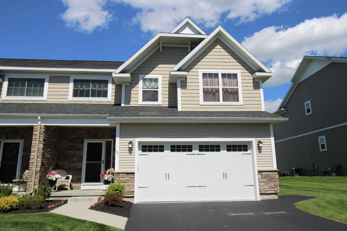 House of the Week: 55 Lorenzo Drive, North Greenbush | Realtor: Mary Canova of Equitas Realty | Discuss: Talk about this house