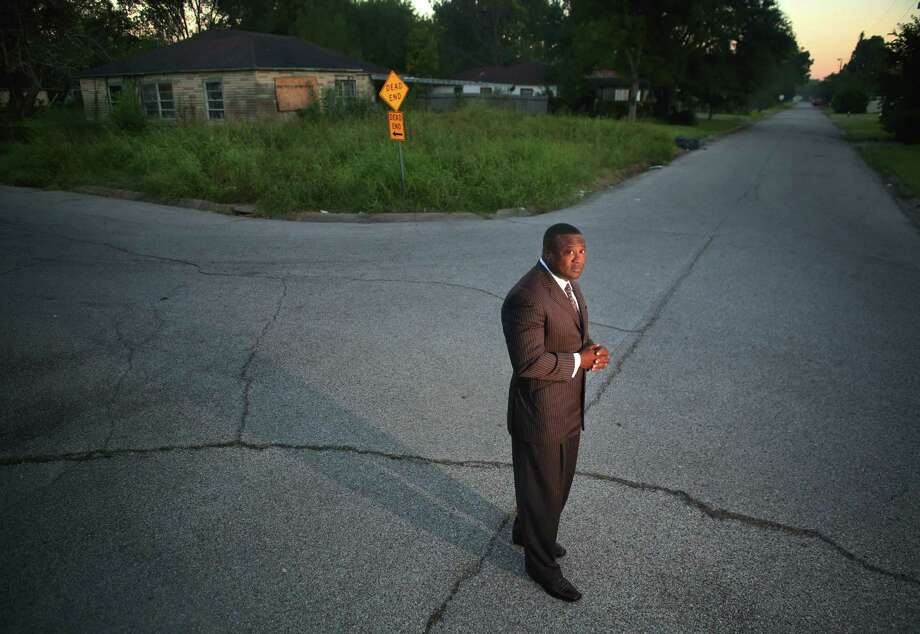 Quanell X, leader of the New Black Panther Party,       during a visit to the South Acres street where he grew up, Tuesday, Oct. 25, 2016, in Houston. Photo: Houston Chronicle / © 2016 Houston Chronicle