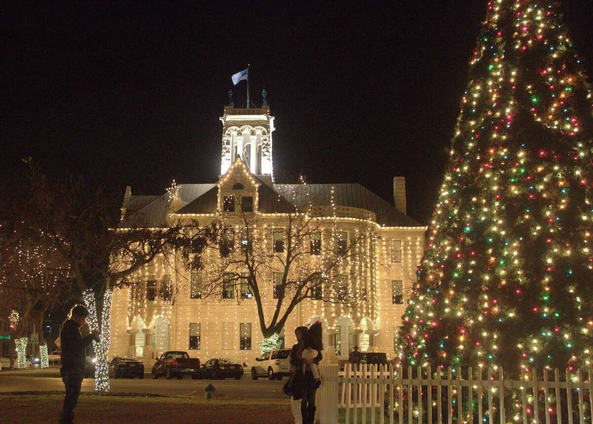 The courthouse in New Braunfels is decorated in white lights for the holiday season.