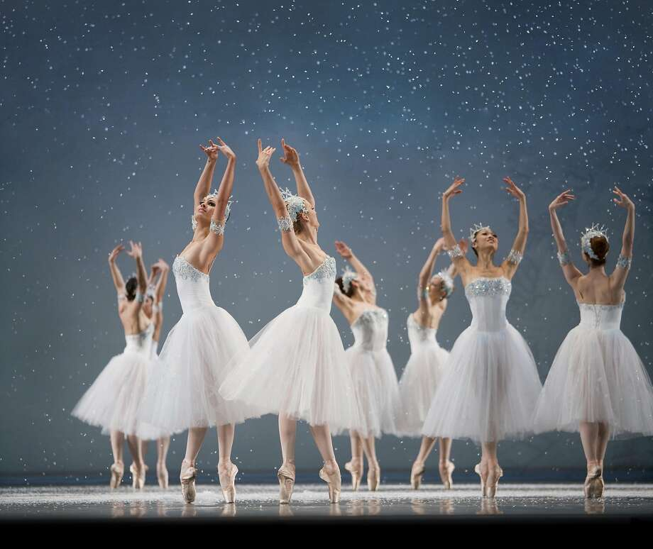 "San Francisco Ballet corps dancers portray snowflakes in ""The Nutcracker."" Photo: Erik Tomasson"