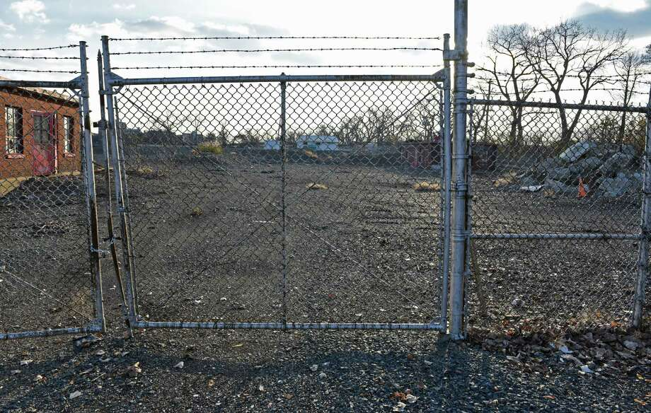 Brownfield at the southern portion of Green Island in the middle of the Hudson River, Thursday Nov. 17, 2016, slated for a planned 250-unit apartment project in Green Island(John Carl D'Annibale / Times Union) Photo: John Carl D'Annibale / 20038866A