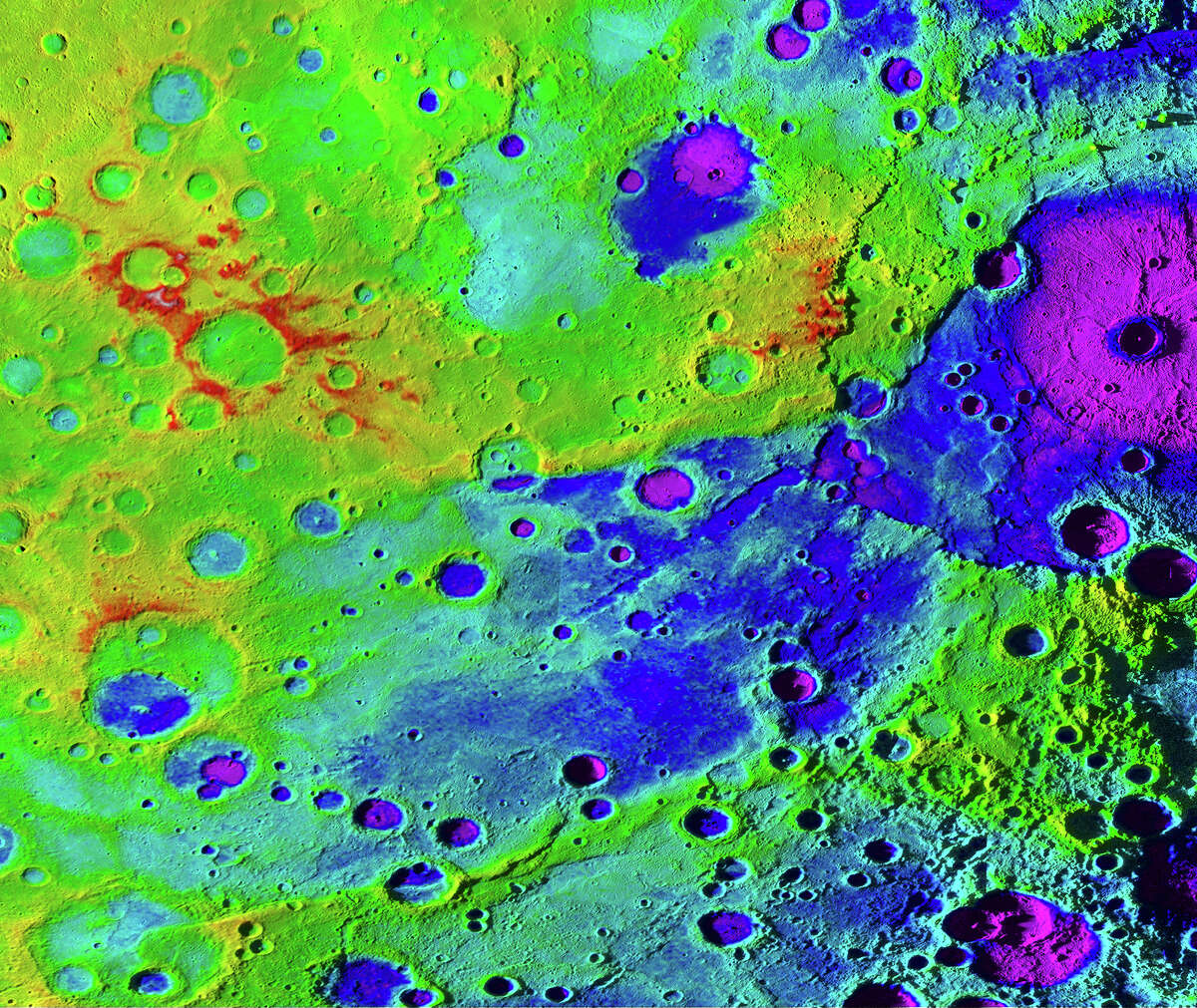Scientists at NASA recently found evidence that points to the fact that Mercury may be shrinking. Click through to see NASA's first planetary flybys.