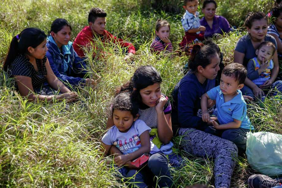Most immigrants are arriving from El Salvador, Honduras and Guatemala where they are escaping violence. Photo: Michael Ciaglo, Houston Chronicle / © 2016  Houston Chronicle