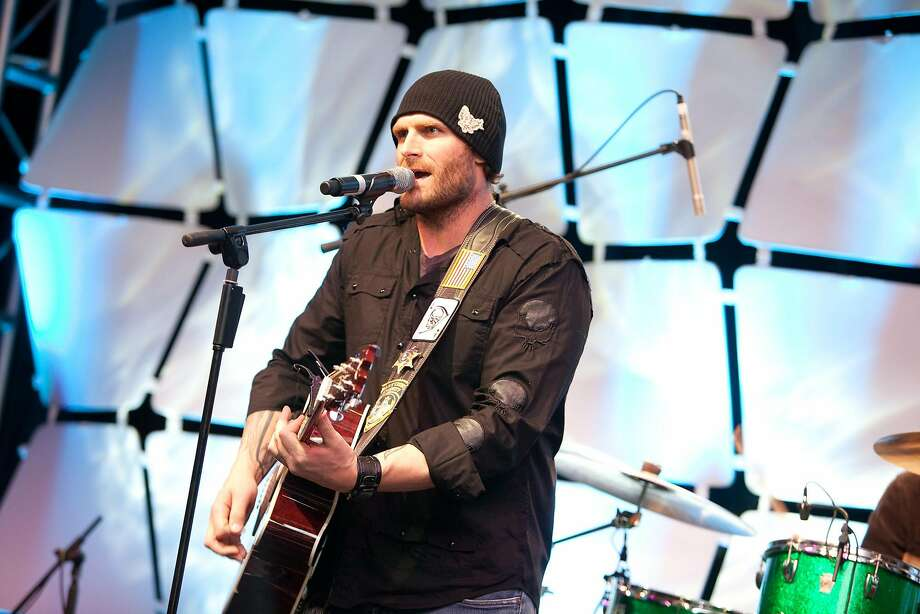 Kyle Turley performs at a Super Bowl XLIV show to benefit the Gridiron Greats. Photo: COURTESY GRIDIRON RECORDS