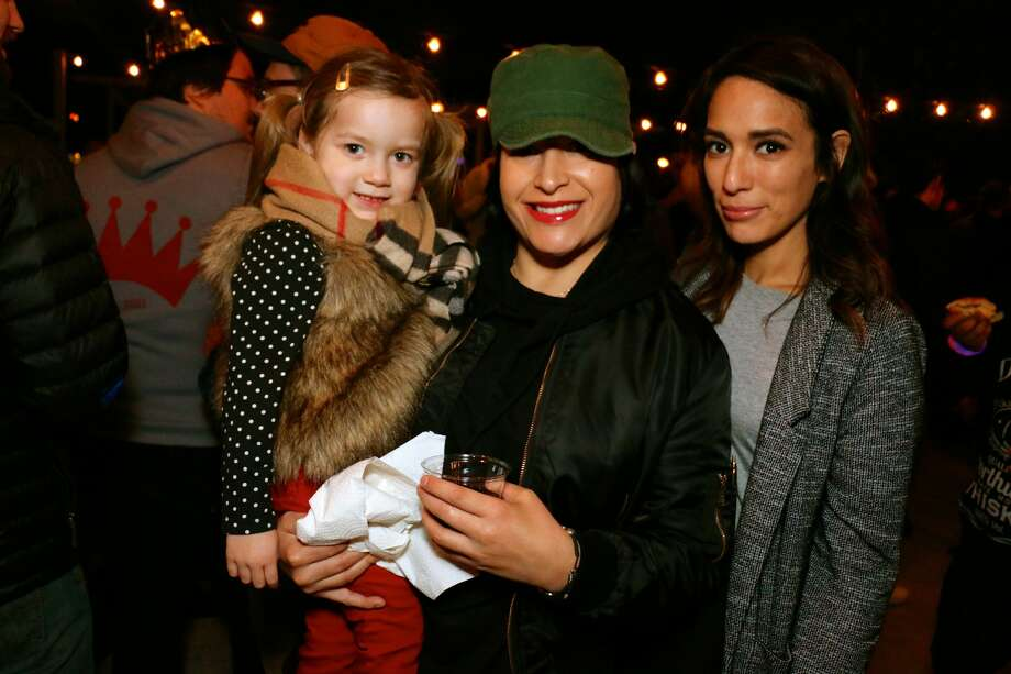 A special jazz concert on the roof of Artpace Gallery brought out dedicated jazz lovers who braved chilly weather for the exclusive upbeat performance Friday night, Nov. 18, 2016. Photo: By Yvonne Zamora, For MySA