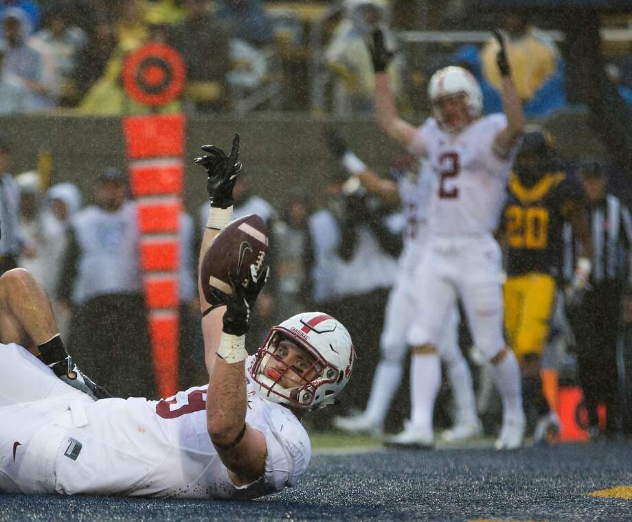 Tight end Dalton Schultz #9 of the Stanford Cardinal runs for a touchdown during the second quarter of his game against the California Golden Bears at Kabam Field at California Memorial Stadium in Berkeley, Calif. on Saturday, Nov. 19, 2016. Photo: Stephen Lam / Special To The Chronicle