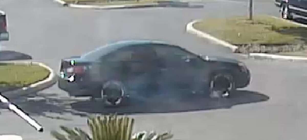 San Antonio police released an image of the suspect's vehicle in a fatal shooting of a police officer Sunday, Nov. 20, 2016.
