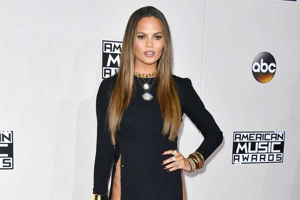 LOS ANGELES, CA - NOVEMBER 20: Model Chrissy Teigen attends the 2016 American Music Awards at Microsoft Theater on November 20, 2016 in Los Angeles, California.  (Photo by Steve Granitz/WireImage)