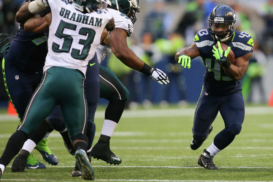 "Exclusive rights free agents (ERFA)Exclusive rights free agents are players whose contracts have expired and who have accumulated less than three overall seasons of NFL tenure. The Seahawks have eight ERFA's in 2017: running backs Troymaine Pope (above) and Terrence Magee, fullback Brandon Cottom, wide receiver Kasen Williams, defensive end Tavaris Barnes, cornerback Stanely Jean-Baptise and long snappers Nolan Frese and Tyler Ott. Teams must make a ""Minimum Salary Tender"" (qualifying offer) before a league deadline or the players become unrestricted free agents with no compensation to the original team if they sign elsewhere. That deadline this year is 1 p.m. Pacific on March 9. Photo: GRANT HINDSLEY, SEATTLEPI.COM / GRANT HINDSLEY"