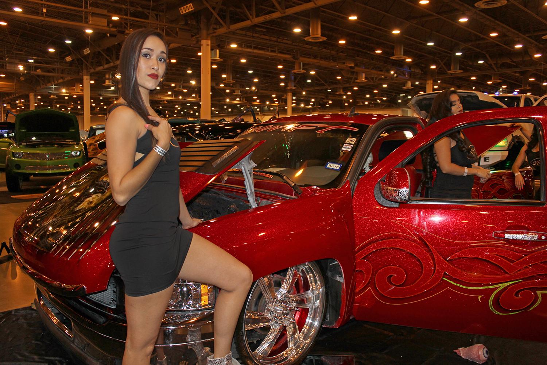 Los Magnificos Car Show drives into NRG Park