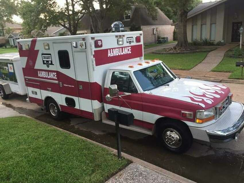 A listing on Craigslist features this 1997 Ford F350 Ambulance that has been transformed into an ultimate tailgating machine.