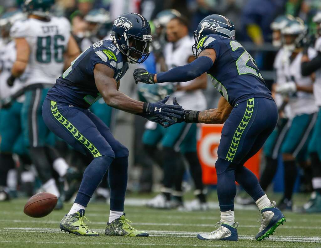 Seahawks Kam Chancellor apologized to teammates over holdout